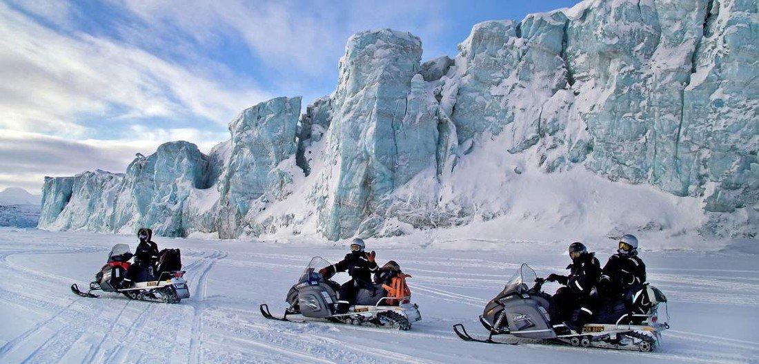 Шпицберген принимает все больше российских туристов