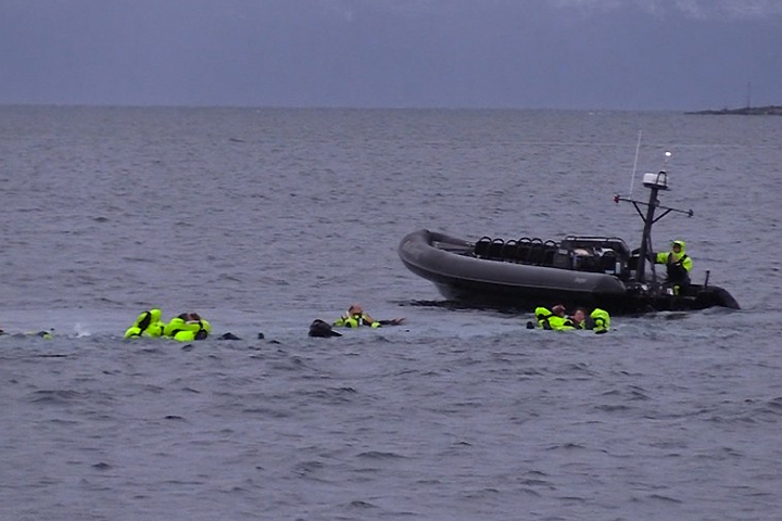 В Норвегии британские туристы попали в аварию на своей лодке